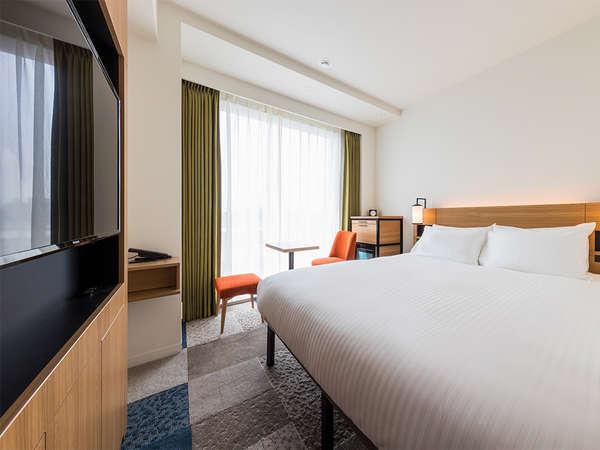 【客室】スーペリアダブル・部屋広さ…18.7㎡・宿泊人数…1~2名・ベッド幅…160cm