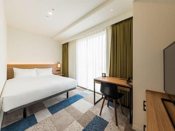 【客室】スーペリアシングル・部屋広さ…17.9㎡・宿泊人数…1~2名・ベッド幅…140cm