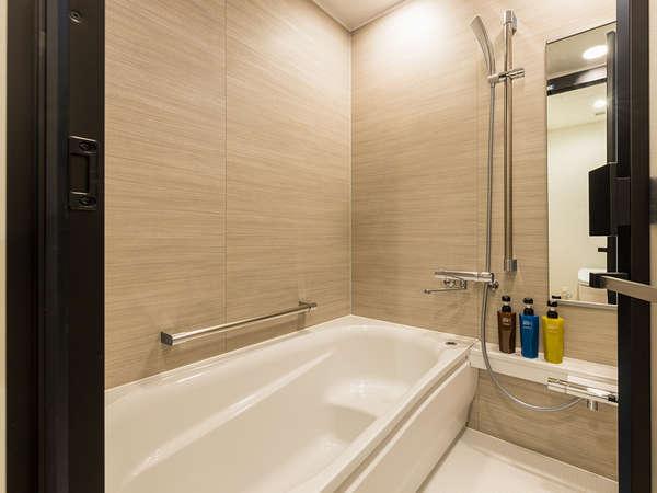 【風呂】バスルーム・全室洗い場付きの浴室となっております。