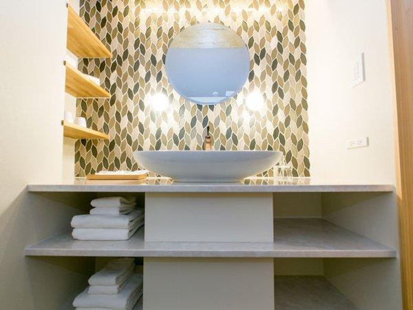 全部屋独立洗面所完備。お部屋タイプごとに洗面所のデザインも異なります。