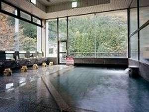 当館自慢の大浴場'菖蒲'