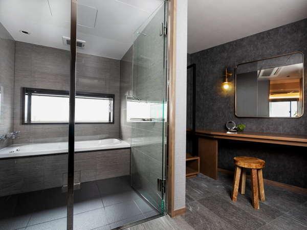 客室バスルーム 一例 (プレミアムセントラルスイート)
