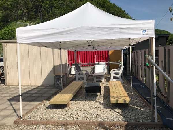 コテージ・ログハウスともに専用BBQコーナー完備