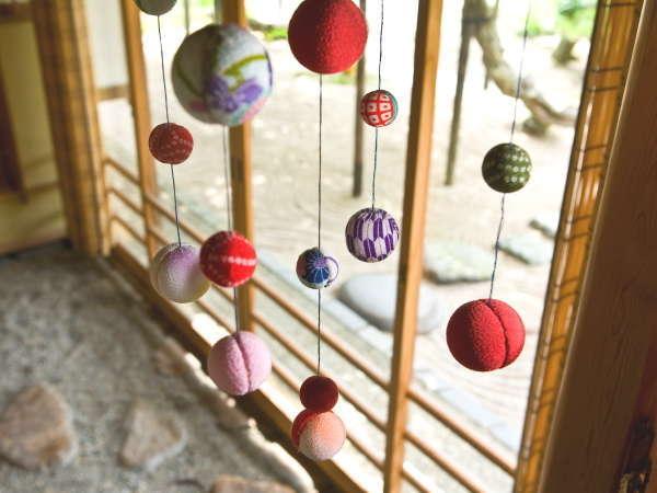 【天然泉露天風呂付き】特別和室/48~61平米 ~四季折々の装飾で皆様をお出迎え。