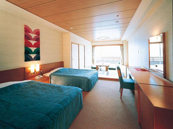 「和洋室タイプ」窓からは明るい日差しが差し込み 太平洋が一望できます。