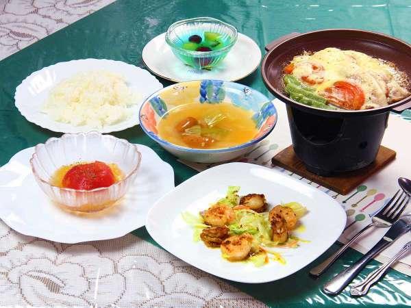 手作りの家庭料理を洋風スタイルで!【料理一例】