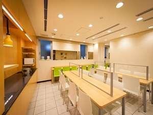 朝食コーナー朝食時間7時~9時