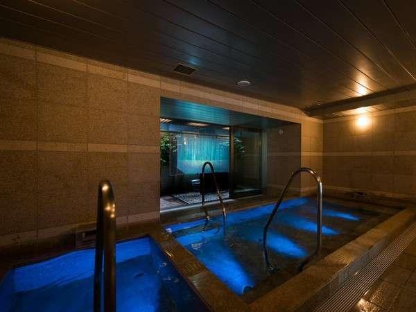 女性大浴場③ 健康イオン水泉は「MICA加工」された特殊なお水です。保水性があり髪の毛がサラサラに