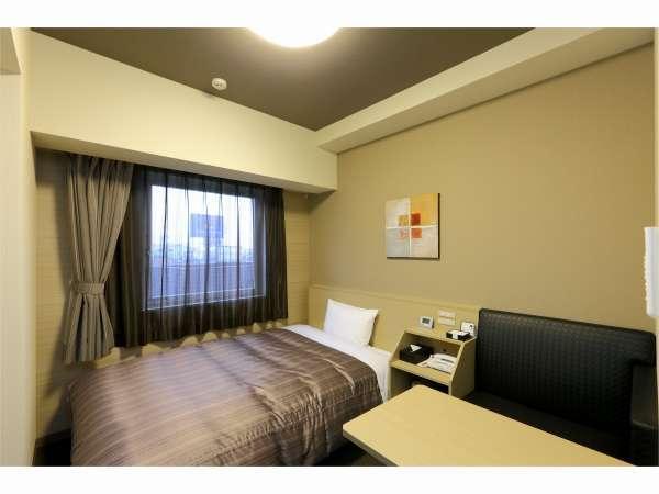 【シングルルーム】ベッドサイズ 130cm×200cm ◆Wi-Fi全室無料接続可!