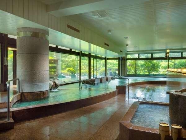 赤富士大浴場内湯(ご婦人)/鐘山苑の大浴場もご利用頂けます