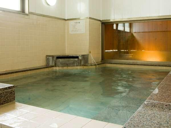 大浴場で一日の疲れをリフレッシュ♪(男性専用です)