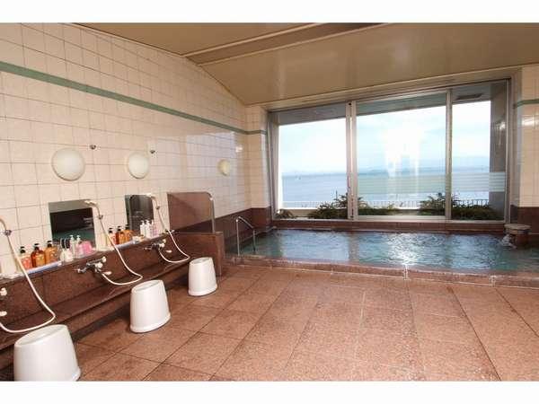 びわこが一望できる2階サウナ付き大浴場