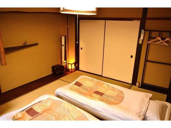 【和室の個室】最大4名様までお泊り頂けます。