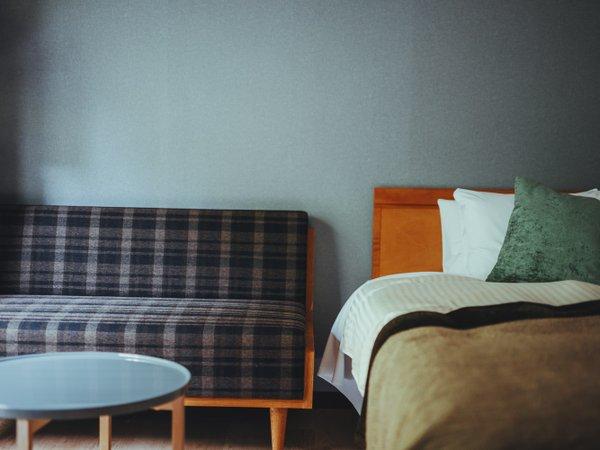 「和洋室」(33平米)和洋2種の空間でお寛ぎいただけます。