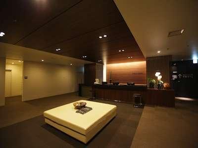 羽田空港ターミナル1のフロント