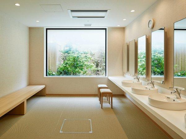男性大浴場パウダールーム