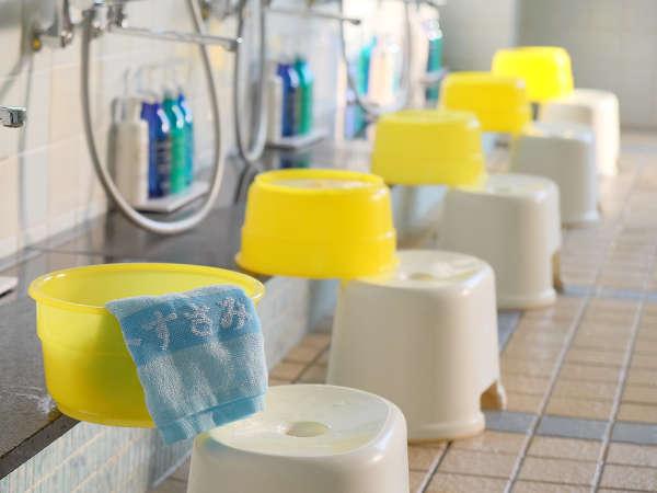 大浴場 洗い場シャンプー、リンス、ボディーソープ有り
