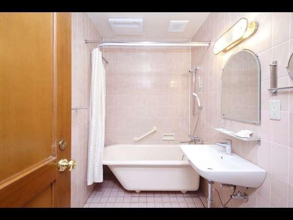 本館スタンダードツインタウンサイド【25.5~27.3平米】バスルーム(一例