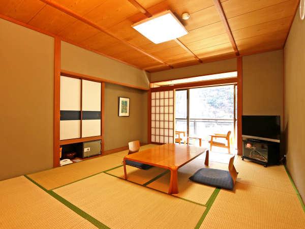 【和室10畳】畳の香りガ懐かしい気持ちにさせてくれる和室10畳部屋★