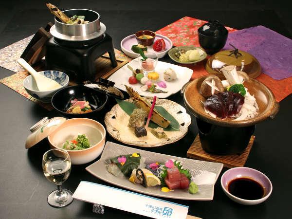 【睦月会席】2020ver山菜と共に郷土料理をふんだんに使用した、彩り豊かな春の会席料理です!
