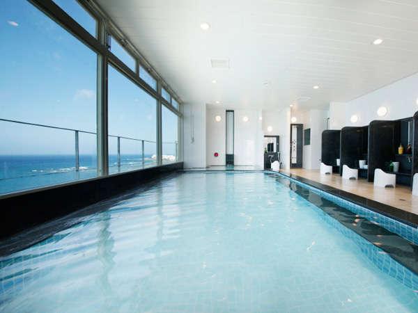 展望浴場(本館10階)サンセットビーチを望む地上10階の展望浴場