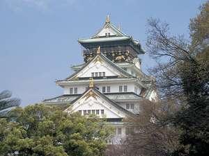 季節折々の大阪城を満喫できます(C)財団法人大阪観光コンベンション協会