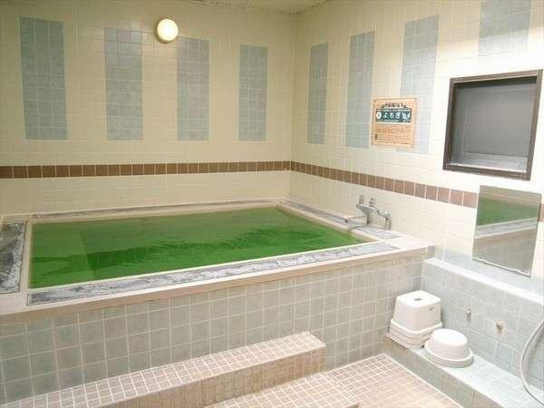3階の大浴場です。「よもぎの湯」をお楽しみいただけます。