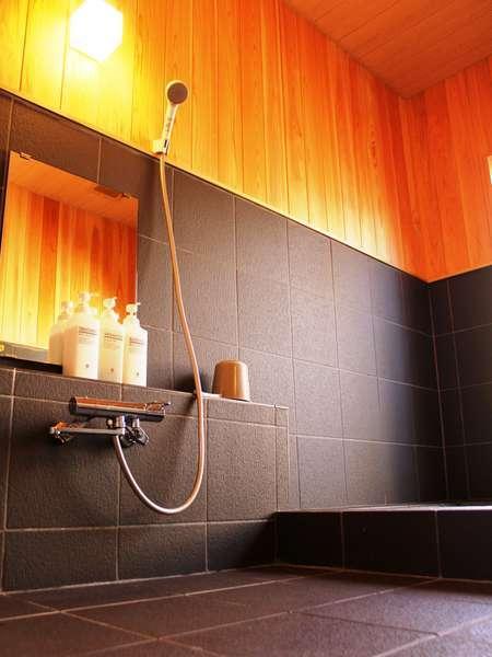 24時間貸切のお風呂棟浴室。2014年3月にリニューアルしました!