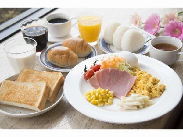 【モーニングビュッフェ】場所:1階レストラン、時間:6:30~9:30