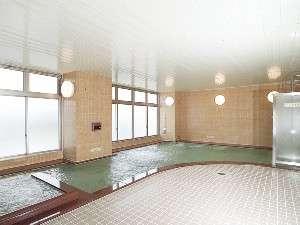 2階の大浴場はAM6時~9時 PM3時~12時まで営業。一日の疲れをゆっくり癒してください。