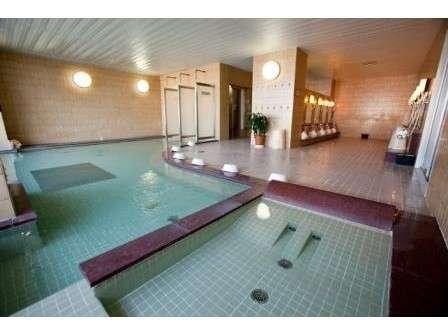 ホテル内大浴場ご利用の際は、お部屋のタオルをお持ちくださいませ。