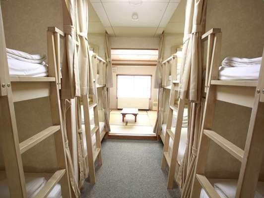 グループルーム(2段ベッド、バスなし・トイレなし)
