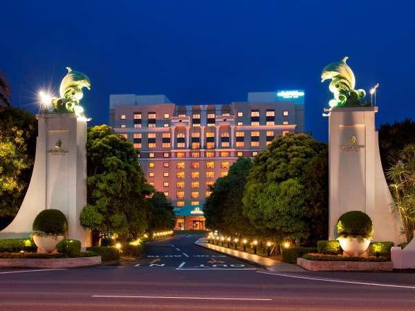 ホテルオークラ東京ベイ外観≪夜≫
