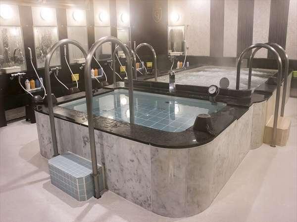クチコミで大好評の大浴場!洗い場も充実しているので待ちなしスムーズ♪