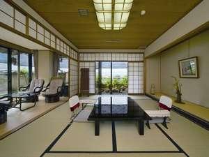 【碧川閣】眺めが素晴しい碧川閣・露天風呂付客室一例。