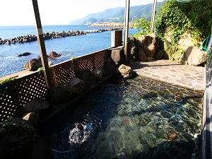 【越前厨温泉 あらき】◆海まで徒歩1分◆露天風呂&全客室から日本海一望★