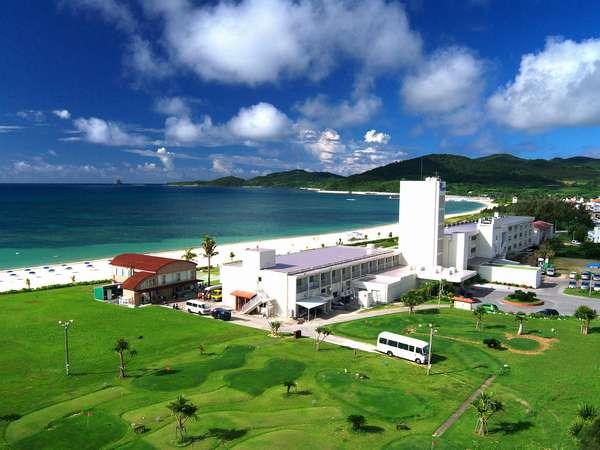 ホテルからトンバラ・島尻を望む