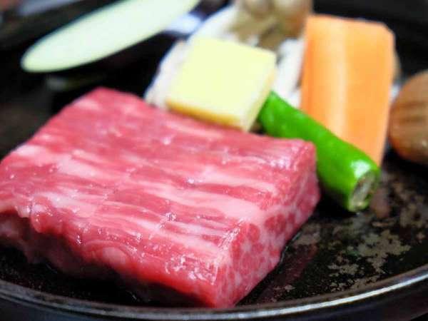 【夕食一例】飛騨牛ステーキ。飛騨に来たなら食べていただきたい逸品です♪