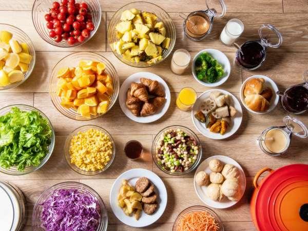 【朝食】『北のビタミン朝食・元気ブッフェ』をコンセプトに約60種のメニューを提供中!