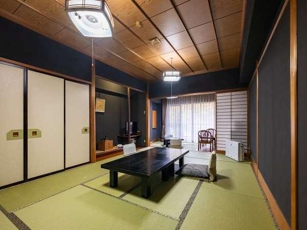 16畳の広い和室です!わんちゃんと一緒に泊まれるので安心です♪夕食伊豆会席!お部屋食!