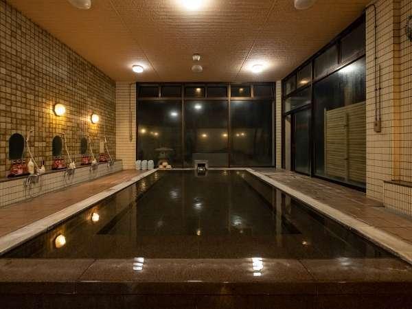 【男湯:大浴場】広~い大浴場で伊豆長岡温泉を満喫♪アルカリ性単純泉でお肌つるつるの優しい湯♪