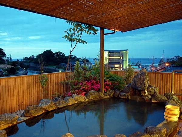【旅館みなと荘】日本海を望み潮騒のきこえる露天風呂と豪華地魚料理!味自慢の宿
