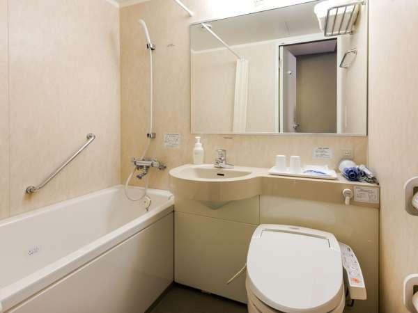 客室ユニットバスルーム