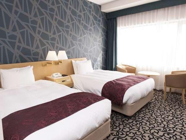 ツインルーム <26㎡> 広々としたベッドと爽やかな内装!