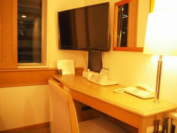 機能的でシンプルな客室(シングル)テレビを新調いたしております。