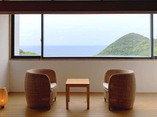 くつろぎの和室10畳 窓からの眺め