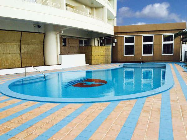 【屋外プール】夏季限定4月下旬から9月下旬まで無料開放♪