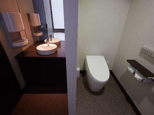 【1F】女性用トイレ