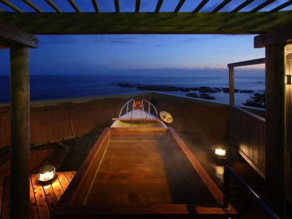 【ふね】露天舟の夜の風景