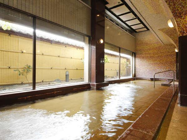 大浴場「しょうぶの湯」女性15:00~夜中1:00/男性5:00~9:30